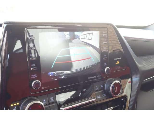 地デジ&ミラーリングも可能ですのでご相談ください。社外ナビへの変更取り付けインストール等の作業も可能ですのでご相談ください。CarPlay対応モニター