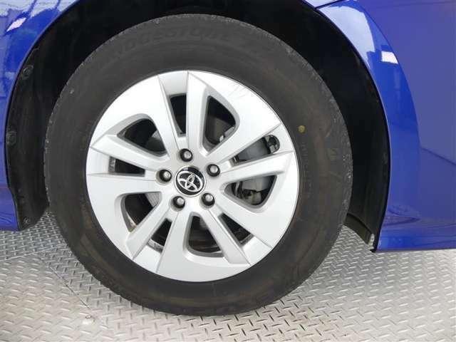 タイヤ4本新品交換いたします。安心してドライブをお楽しみください!