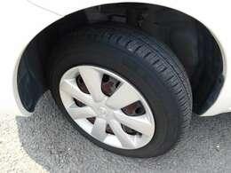 タイヤは、中古車を、購入するうえでポイントになりますよねっ^^^^  こちらのタイヤは、グッドイヤーが履かせてあります^^もちろんタイヤの山もバッチリあります^^サイズは、165/70R14です^^^^