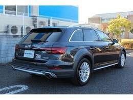 ボディーサイズ:全長×全幅×全高=4720×1840×1495mmホイールベース:2805mm車重:1790kg駆動方式:4WD!
