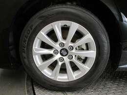 215/60/R16タイヤサイズです!純正アルミホイールです!