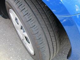 タイヤ残り溝。