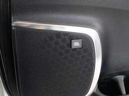 JBLプレミアムサウンド!高音質な『プレミアムサウンドシステム』17スピーカー完備!メーカーSDナビ&12インチ後席フリップダウンモニター!地デジ&DVD再生機能付!