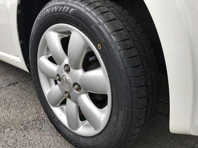 タイヤは9分山ですので溝を気にすることなく長くお使いいただけます♪
