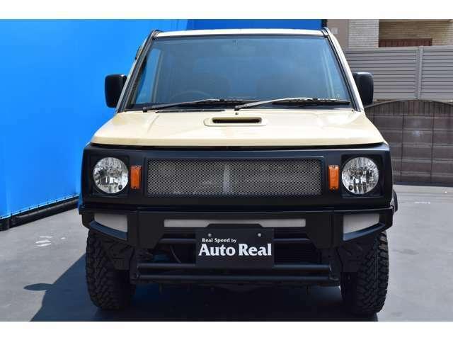 REALSPEEDフロントグリル&フロントバンパーも装着で、フロントビューが一新です!!当店オリジナルエアロなので他車との違いをアピール出来ますよ!ボディーも綺麗でオススメですよ!