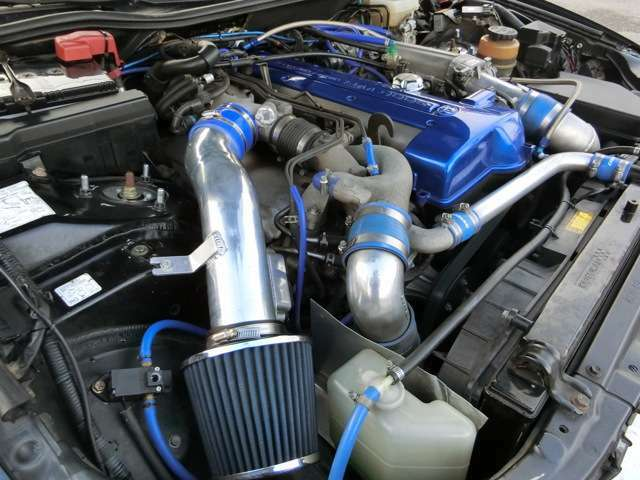 ターボの存在しないGS300!ましてやMT!ワンオフの吸排気や社外パーツに交換し製作!HKSFコンVプロ(通称金プロ)でGS300の車体に2JZターボエンジンとマニュアルミッションを制御!