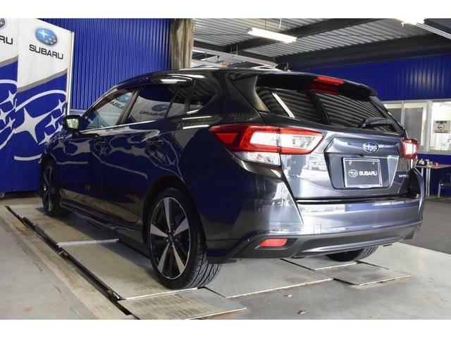 自社下取りのワンオーナー車(当社のお客様が新車に乗り換えられた車を下取りした物です。新車販売時から点検整備からオイル交換まで定期的に管理している為、品質の良い状態で入庫しています。)