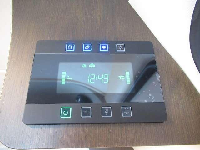 冷蔵庫、FFヒーター、メインスイッチをこれ一つで操作可能です♪