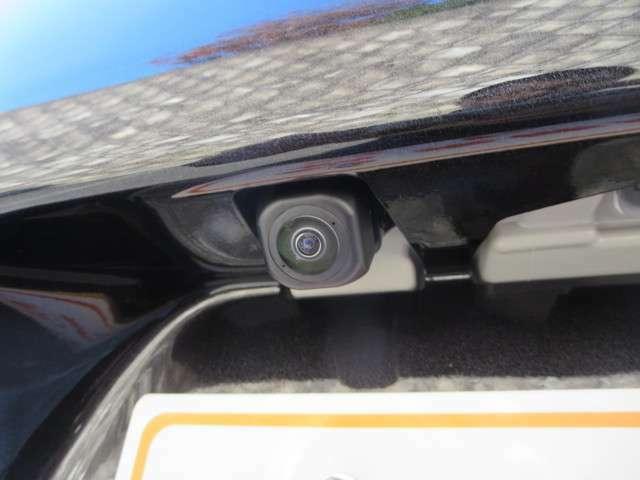 バックカメラで後方視界も見やすくなっております!!お電話での問い合わせは0066-9711-371604 (無料)です♪お気軽にどうぞ♪♪