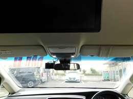 フロントガラスの画像です。視界も広く、運転し易いです。