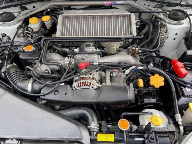 水平対向4気筒DOHC16バルブターボ!!出力:250ps(184kW)/6000rpm!!エンジン、ミッション等コンディション良好です!!