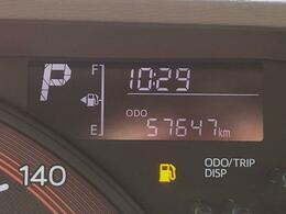 こちらのお車は走行約6万キロですが、こまめなメンテナンスで内外装共にキレイ☆まだまだ現役で走れるお得な1台です(^^ゞ
