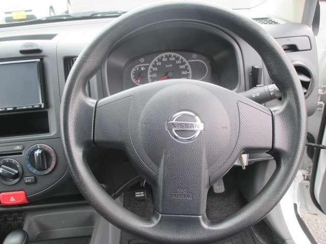 【安全装備】運転席&助手席エアバック、ABS。