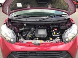 ターボエンジンです。ご納車前にはエンジンオイルやバッテリー等交換してからのお引渡しです。