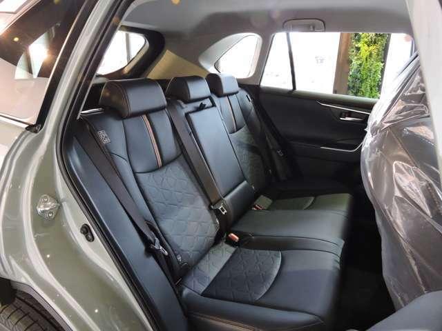 各色・グレード選択OK 新車販売専門店 地デジフルセグ SDナビ付のお買い得車!詳しくは弊社ホームページをご覧ください。新車をお安く提供いたします。