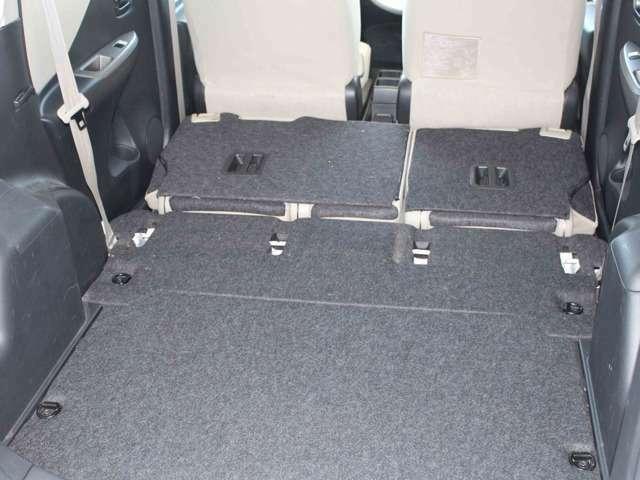Aプラン画像:リヤシートを格納すると、十分な広さのラゲッジスペースに。