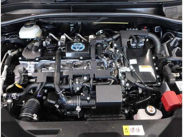エンジンルームもクリーニング済です♪納車前に点検とエンジンオイル交換等、整備致しますので安心してお乗りいただけます♪