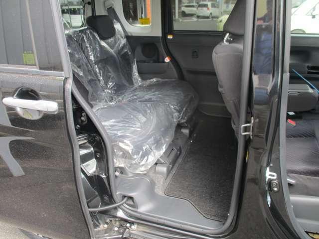 リヤシートは新車時からほとんど使用してなかったとの事