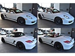 エクステリアは、キャララホワイトを選択。HRダウンサス やPORSCHEサイドデカールがインストール。精悍且つスポーティな車両となっております。