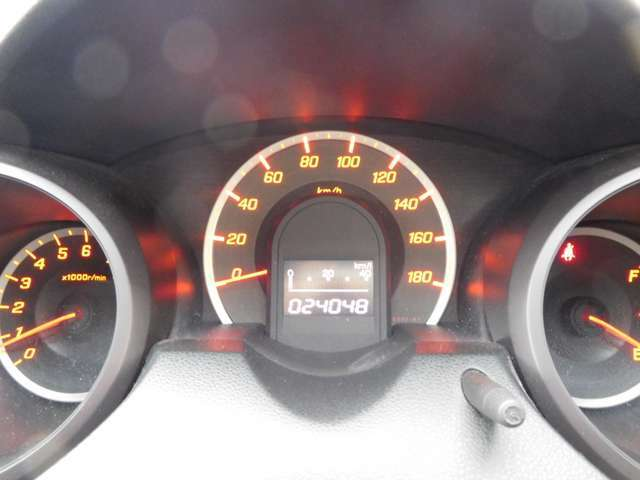 ワンオーナー 走行24.048km 安心の車検整備/6カ月保証付
