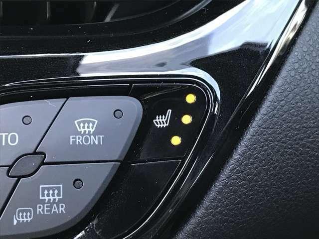 シートヒーター シートの座面が暖まって、エアコン以上に素早く体が暖まります。シートヒータで暖まった分、エアコンを抑えれば、燃費も向上、さらに空気の乾燥も緩和できるなんて嬉しいですよね
