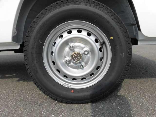 最大積載量を支えるタイヤも力強いです!
