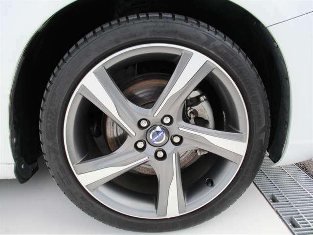 Rデザイン18インチホイール★リアタイヤは新品へ交換してお渡しいたします。