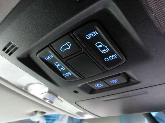 両側電動スライドドア&Pバックドア☆大変便利な機能です♪乗り降りの際や荷物の出し入れの際に大変便利な機能です♪