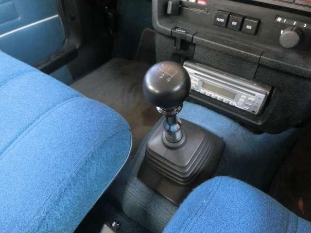 各種プーリーやベルト、サーモスタットなどの冷却系統もチェックし、劣化があれば交換してからの納車となります。納車後も末永く安心してお乗りいただけるように整備点検をしております。