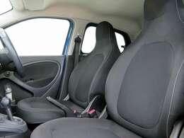■前席シートヒーター/納車時には除菌や消臭に効果のございます当店オリジナルのオゾンクリーニングを施工致します!