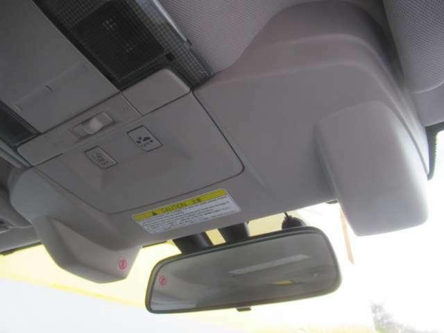 ★アイサイトVre2装着車★ 衝突回避機能プリクラッシュブレーキ、AT誤発進抑制制御、車線逸脱警報、ふらつき警報、全車速追従機能付クルーズコントロール、先行車発進お知らせ機能、車間距離警報付き