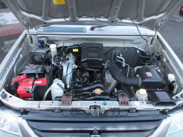 エンジンルームはクリーニング済み♪エンジンは吹け上がりも良く変速もスムーズです♪