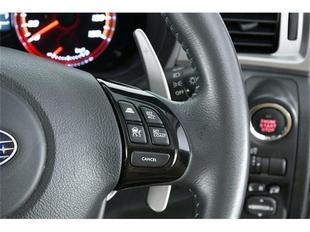 高速道路での走行をサポートしてくれるクルーズコントロールも搭載されています◎
