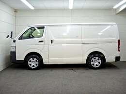 車両総重量2995kg 最大積載量1000kg