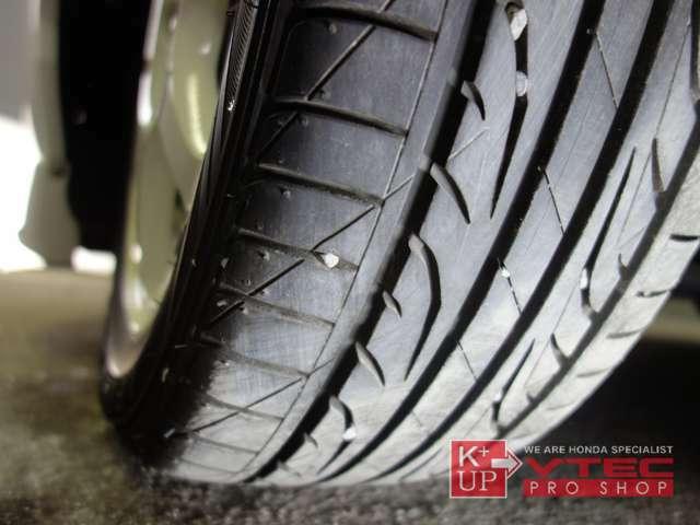 タイヤの溝も使用可能レベルです。ハイグリップラジアルへの変更などもご相談下さい。タイヤ価格に自信あり!是非ご相談下さい。