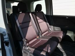 セカンドシートのコンディションも良好なので、快適にドライブをお楽しみいただけます♪