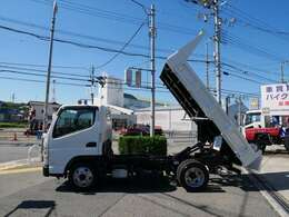 平成29年式 三菱キャンター 強化ダンプ 低床 ターボ 積載量2000kg