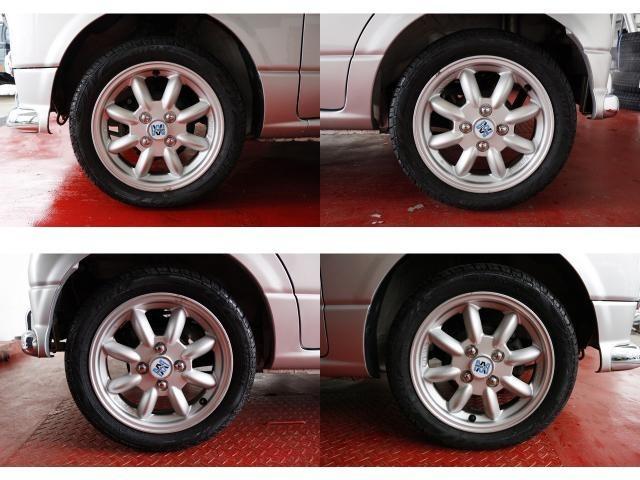 チェンジャー、バランサー完備。タイヤの事なら何でもご相談ください国産タイヤから、お値打ちな輸入タイヤまで。お客様のニーズに合わせてご提案させていただきます。持ち込みでのお取付にも対応しております。