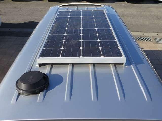 ソーラーパネルも装備しております!あると嬉しい装備の1つです♪