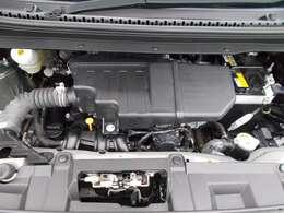 ご納車の前にサービス工場で車検整備(法定24ヶ月点検)を行い、エンジンオイル・オイルフィルター・ワイパーゴム・その他消耗品を交換いたします。