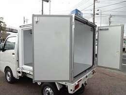 全国登録納車OK! 九州・沖縄・北海道実績あります!陸送費などお問合せください。