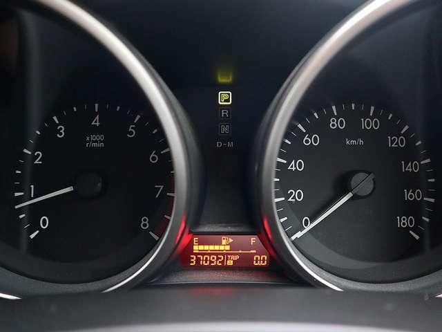 【メーター】現在の走行距離37092kmでございます。