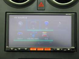 ナビ機能だけではなく、フルセグTV、CD再生機能、あなたのドライブを快適にサポート♪さらに高性能なナビを取り付けることも出来ますので詳しくはスタッフまで。