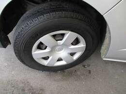 タイヤの山もしっかり有ります
