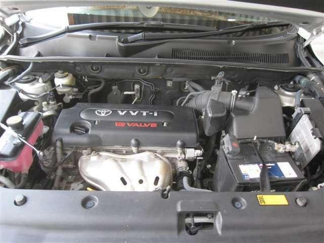 パワーユニットは2400ccガソリンエンジン搭載。パワフルに走ります。(*^▽^*)