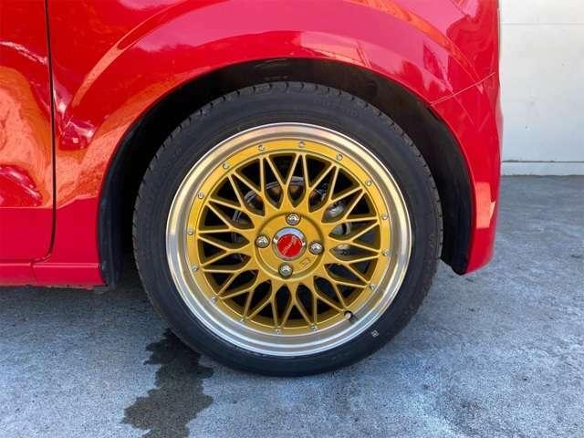 こちら、タイヤ共に新品でございます。16インチでご提供!
