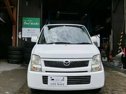 乗り出し総額20万円の非常にお求めやすいお車です。