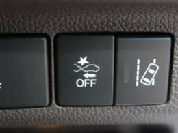 高精度のミリ波レーダーと単眼カメラで歩行者や車を検知して、ブレーキ補助による衝突軽減やハンドル支援・レーダークルーズコントロールによる運転支援を行います。