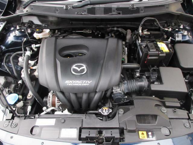 1.3リッターガソリンエンジンを搭載。スカイアクティブテクノロジーで開発された新世代の低燃費かつハイパワーなエンジンです。