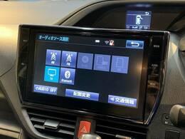フルセグ内蔵の純正10インチナビ搭載。DVD再生、Bluetoothも対応可能です。